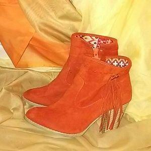 Orange Cone Heel Boots/8.5